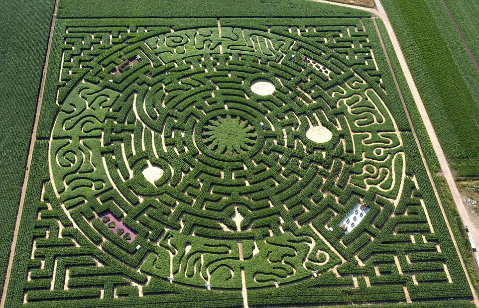 Fabuleux Photos : les labyrinthes les plus incroyables du monde_French.news.cn RF41