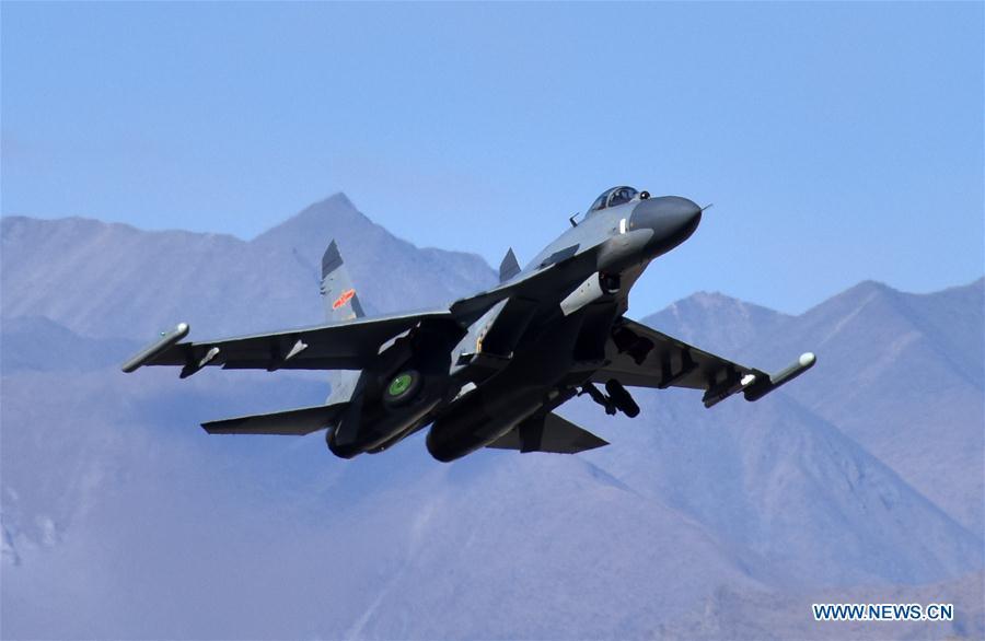 Chine : exercice de combat réel de l'armée de l'air
