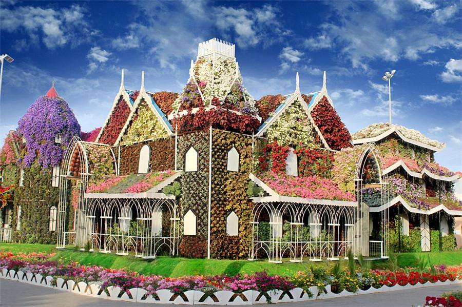Duba le plus grand jardin de fleurs au monde ouvre en for Le jardin des fleurs strasbourg