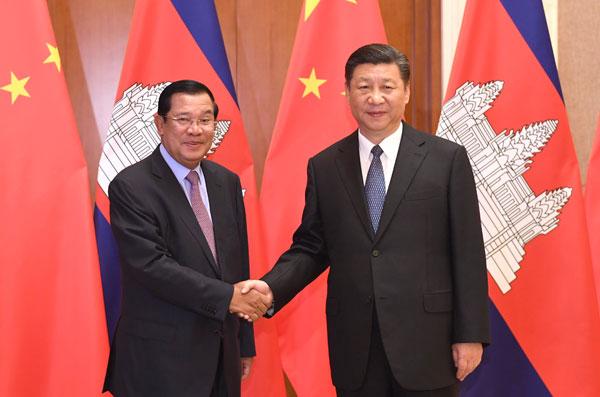 """La Chine et le Cambodge mettront en œuvre les plans de coopération dans le cadre  de l'initiative """"la Ceinture et la Route"""""""