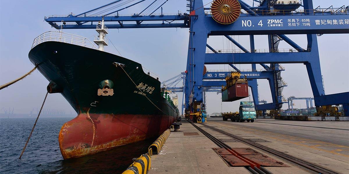 Chine : port de Caofeidian au Hebei (nord)