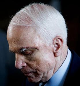 Le sénateur américain John McCain décède à l'âge de 81 ans