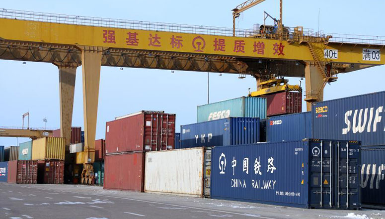 Le plus grand port terrestre chinois enregistre un nombre record de trains de fret Chine-Europe