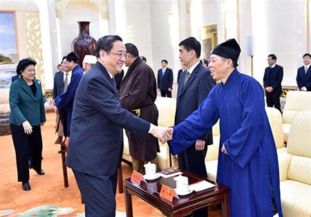 Yu Zhengsheng met l'accent sur la compatibilité de la religion avec la société socialiste