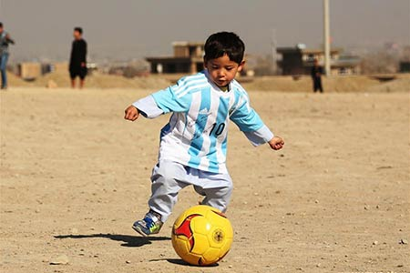 "Le jeune ""Messi afghan"""