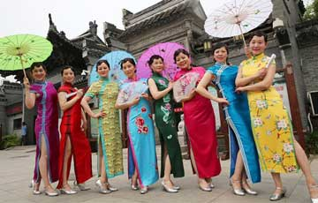 Qipao, une robe traditionnelle chinoise pour les femmes