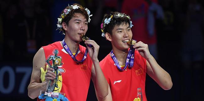 Badminton : les Chinois Li Junhui et Liu Yuchen champions du monde du double hommes