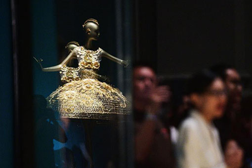 L'exposition « Guo Pei: Chinese Art and Couture » sera tenue à Singapour