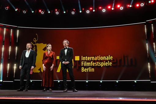 "Le 70e Festival international du film de Berlin s'ouvre avec le drame ""My Salinger Year"""